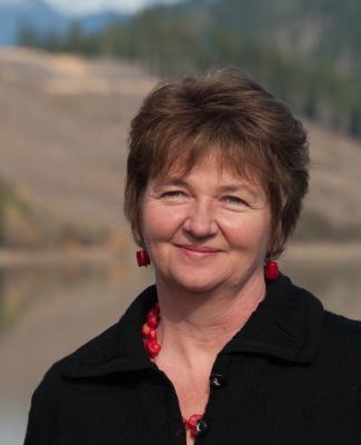 Image of Debra Betts